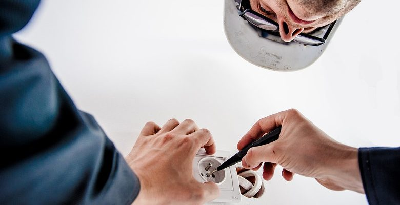 Les assurances obligatoires et facultatives pour les électriciens